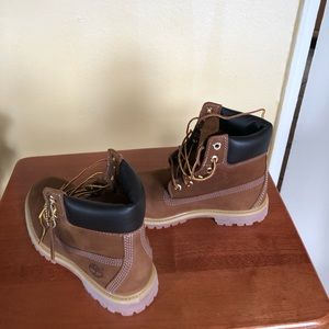 Timberland Shoes - Women's chestnut Timberland boot